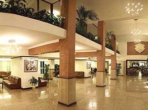 отель Qawra Palace Hotel