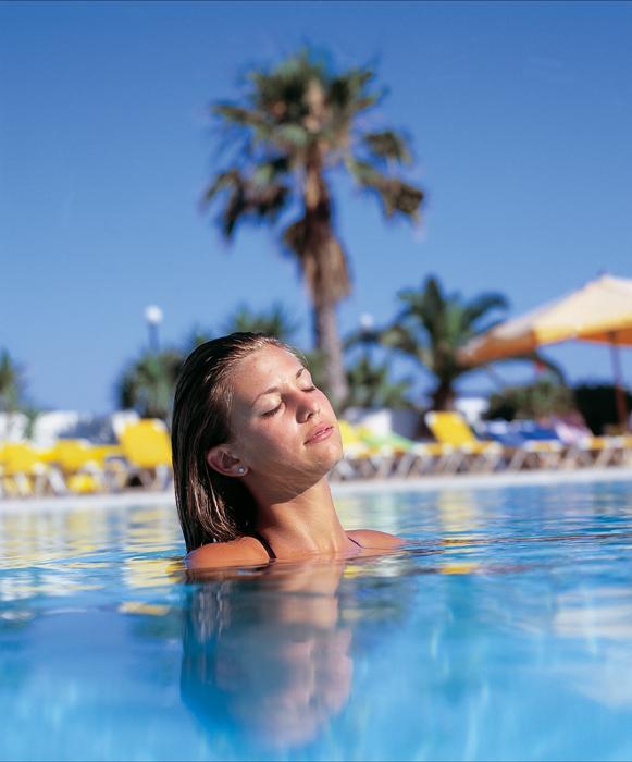 отель Dolmen Resort