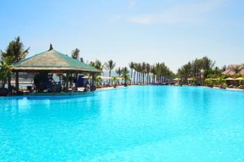 отель Diamond Bay Resort