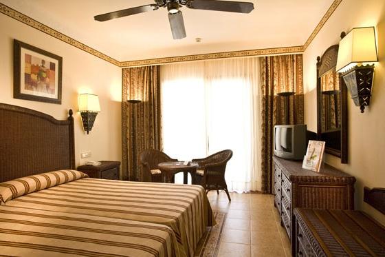 отель Riu Karamboa