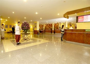 отель Cambodiana Hotel