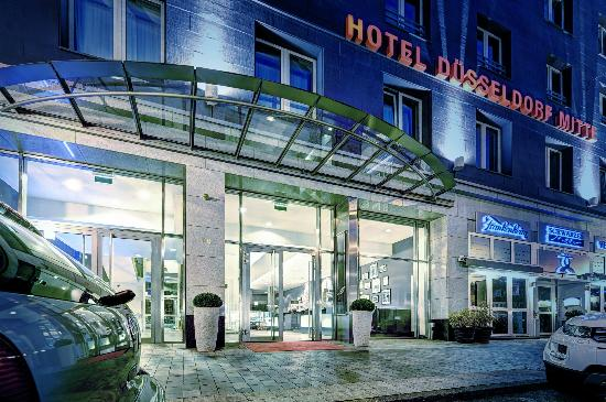 отель Duesseldorf Mitte