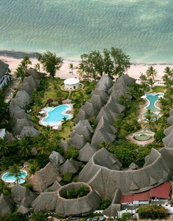 отель Coral Key Beach Resort
