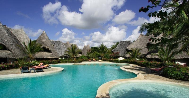 отель Coral Key Beach Resort