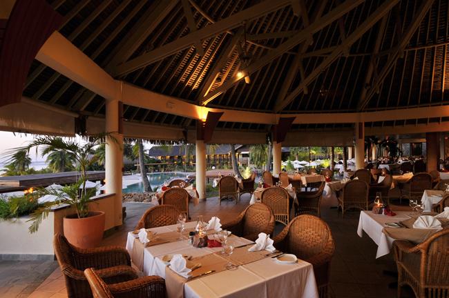 отель Intercontinental Resort & Spa Moorea