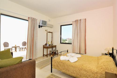 отель Amnissos Hotel