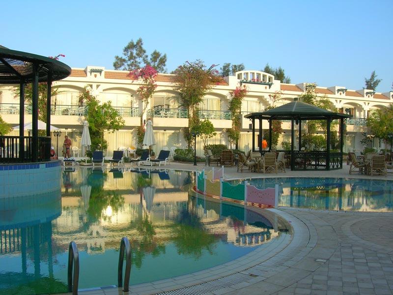отель Al Bostan