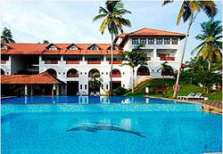 отель Estuary Island Resort