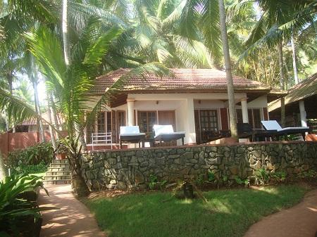 отель Coconut Bay Beach Resort