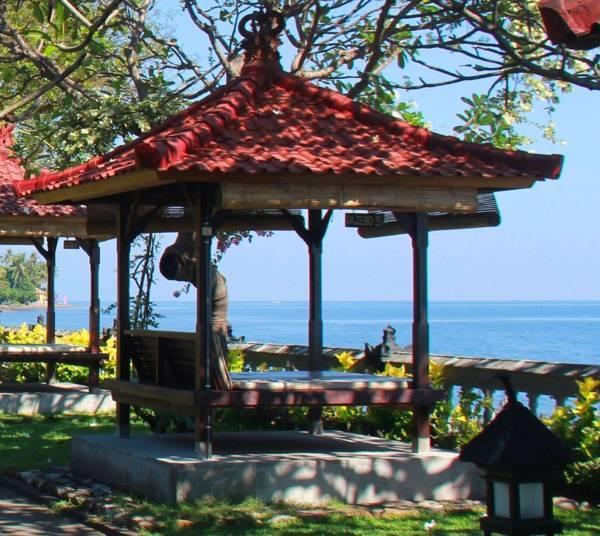 отель Aditya Beach Resort