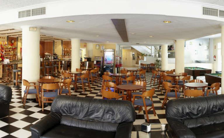 отель Caspel