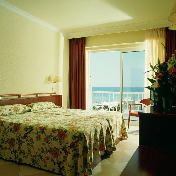 отель Augustus Hotel
