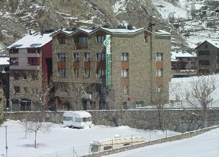 отель Apartamentos Sant Bernat