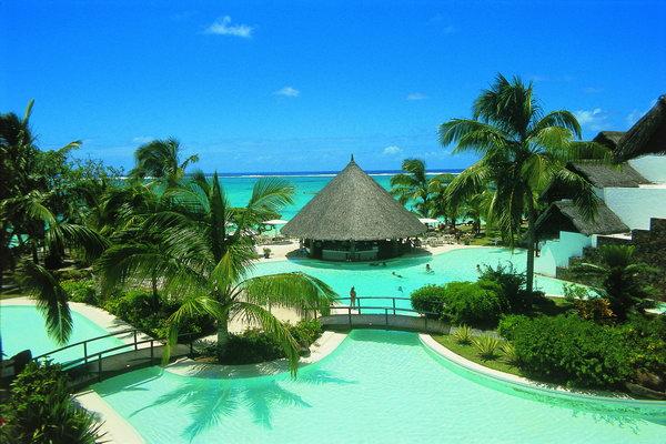 отель Belle Mare Plage Resort