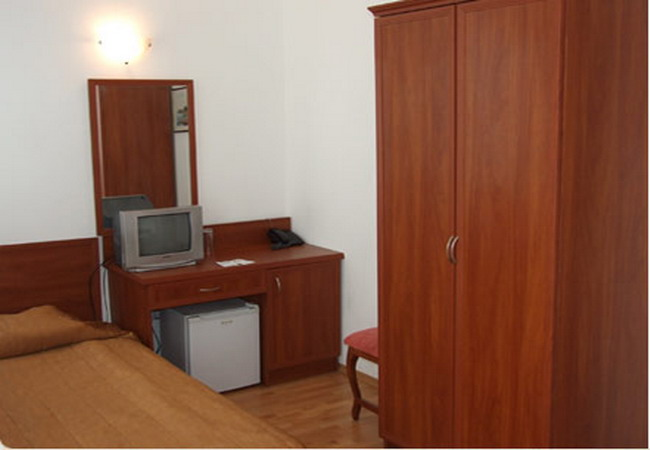 отель Лотос
