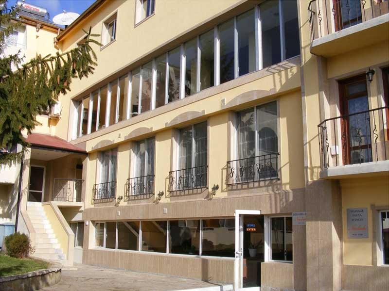отель Naslada