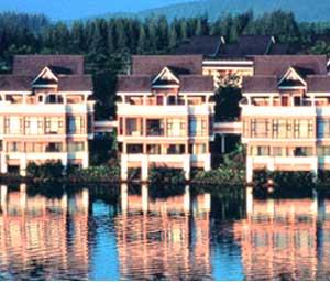 отель Allamanda Laguna