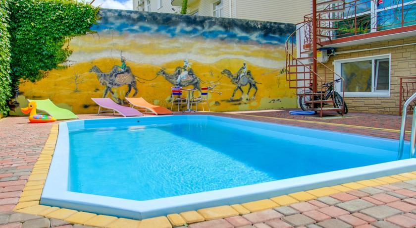 отель У верблюжьих горбов