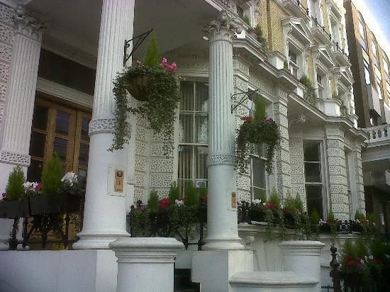 отель 1 Lexham Gardens