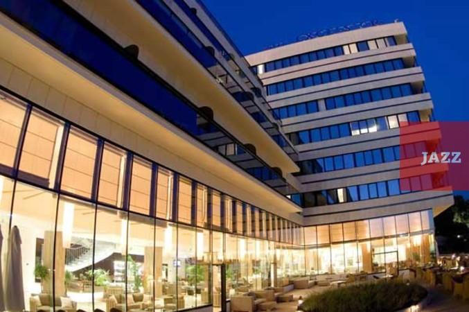 отель Excelsior