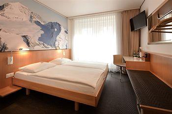 отель Basilea